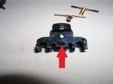 台車枠保持用の内部の爪