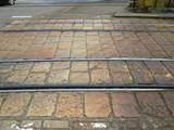 南富山駅前近くの敷石パターン