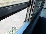 窓枠レールが2重窓の跡を物語る