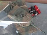 車を踏み潰す10式戦車