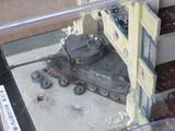 破壊された街とティーガー戦車