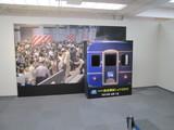 カオスな上野駅を再現した写真用パネル