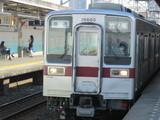 やっと到着した普通列車な10050系
