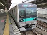 千代田線直通用E233系