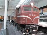 正統派旅客用電気機関車EF58