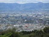京都市街地を一望する