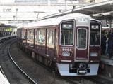 梅田行9000系普通電車