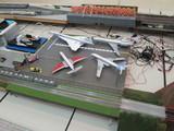 狭そうな駐機場