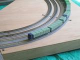 カーブを往く貨物新幹線