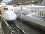 JR西日本仕様700系入線