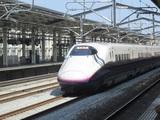 「とき」号高崎駅通過中