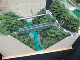 完成後足場が流れた早川橋梁