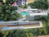大平台駅駅舎と国道1号線