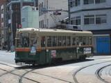 土橋電停を本線方向へ向かう1908号車