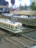 新潟2220系と駅
